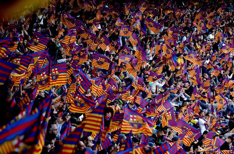 Resultado de imagen de barcelona hinchada