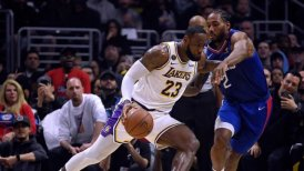 Los Lakers frenaron a los Clippers en el derbi de Los Angeles